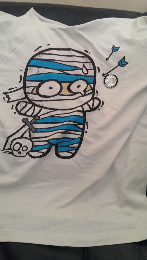 amumu-pin-shirt